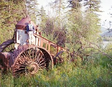 Traction engine near Washington Creek